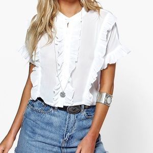 Boohoo Ruffled Crop Top in White Size 6
